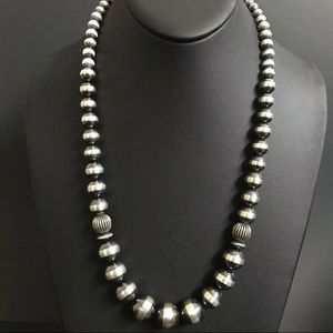 Jewelry - Sterling Silver Graduated Navajo Pearls Necklace.